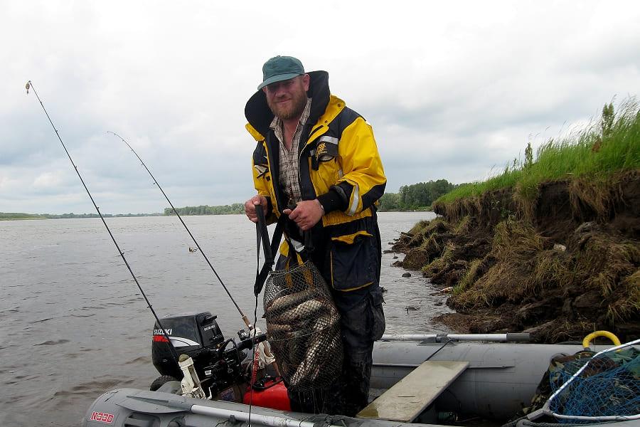 Половодье,  рыбалка в Сузуне.